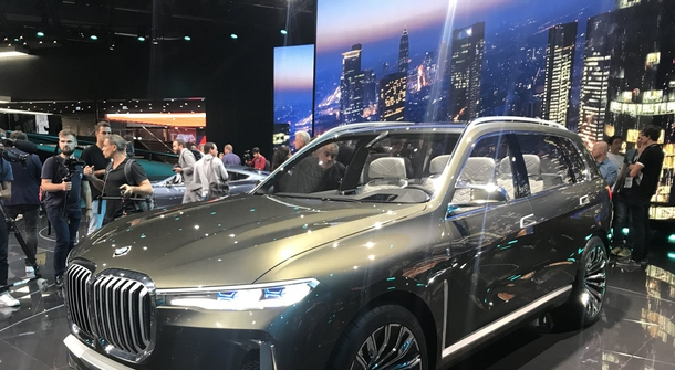 Electric mobility becoming BMW's top priority