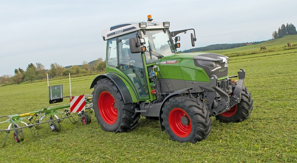 Fendt pioneering with electric tractor