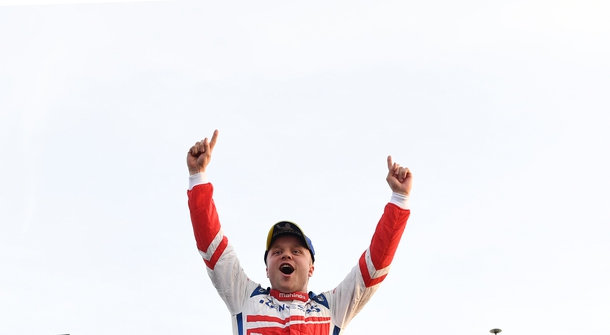 Felix Rosenqvist won for the second time in the row, taking the lead in championship
