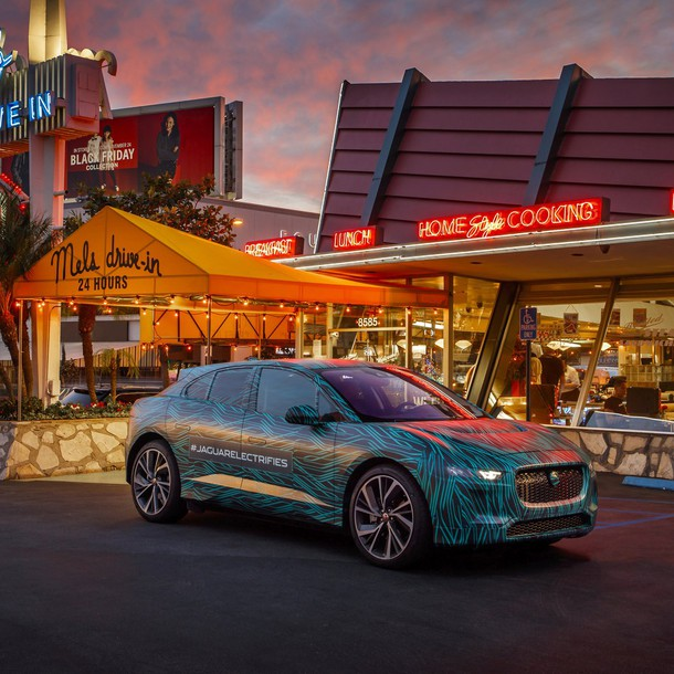 jaguar_ipace_ride_001-updated_v3nh6xp_biggalleryimage