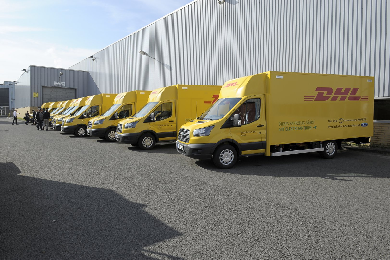 ffddd85bfe Ford starts production of an electric van for German postmen ...