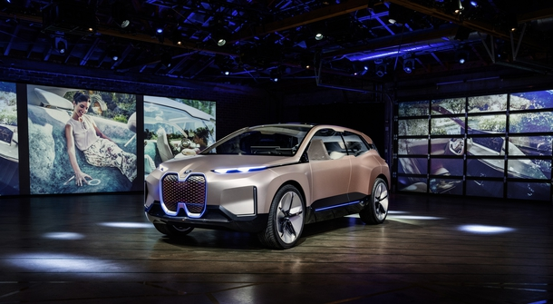 BMW is (finally) presenting Vision iNext concept