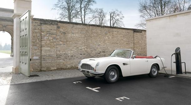 Aston Martin will make historical cars electric