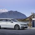 Updated Volkswagen Passat will offer partialy autnomous ride