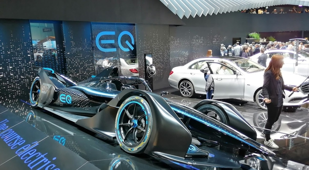 Mercedes-Benz to join Formula E in season 6