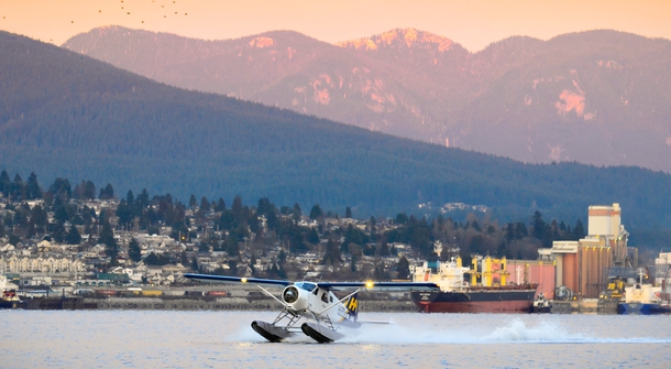 magniX making its first all electric seaplane