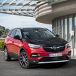 Opel is presenting its first plugin Hybrid