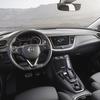opel-grandland-x-hybrid4-interior-506696