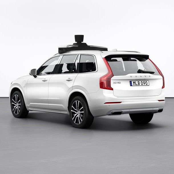 254703_volvo_cars_and_uber_present_production_vehicle_ready_for_self-driving_bigimage
