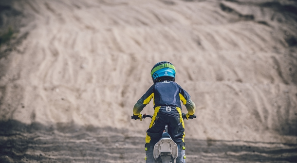 Husqvarna EE-5 is motocross bike for youngsters