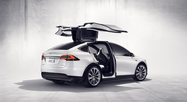 Tesla to 'taxi drive' richest of the rich