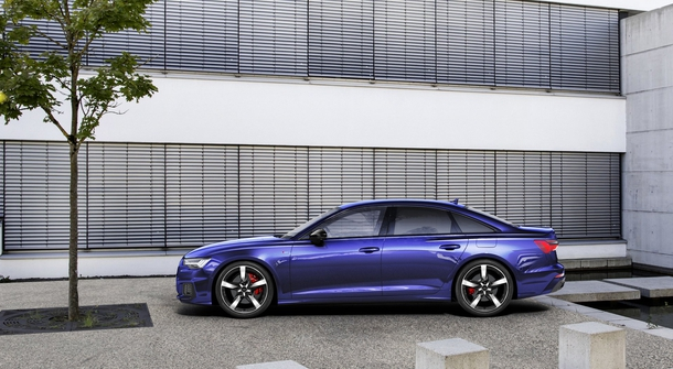 Audi continues with presenting new plug-in's